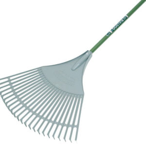 Evergreen Plastic Leaf Rake Aluminium Shaft