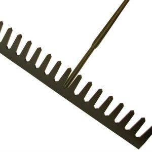 Asphalt Rake 16 Flat Teeth - Tubular Steel Shaft Handled