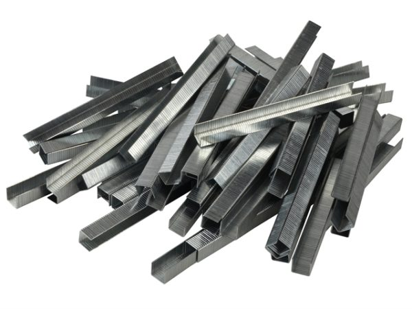 140/10 10mm Galvanised Staples Poly Pack 5000