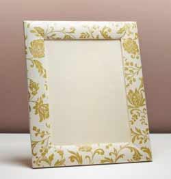 decoupage frame Feeling a bit crafty?