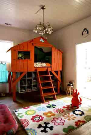 Treehouse bed for a kid