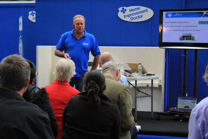 Mike presenting olympia 800x533 Crowds flock to find out how to plaster