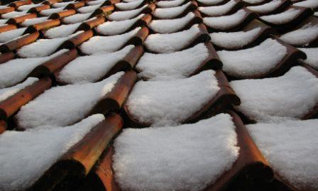 snow on roof tiles1 The Benefits of Snow