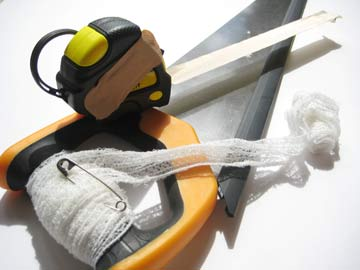 DIY enthusiasts should have a first aid kit