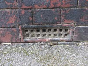 air brick blocked by debris1 300x225 Air Brick Installation and Maintenance