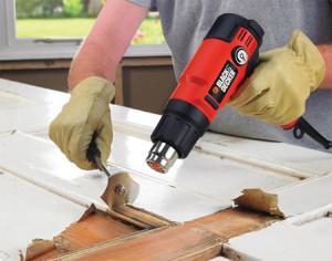 Heat gun stripping paint