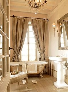 Metallic Painted Cast Iron Bath