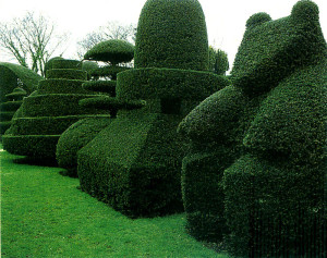 Beckley Park topiary garden by Vivian Garrido