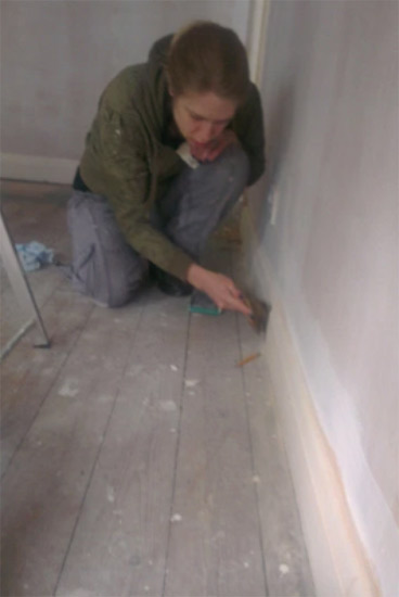 Stripping and sanding skirting boards