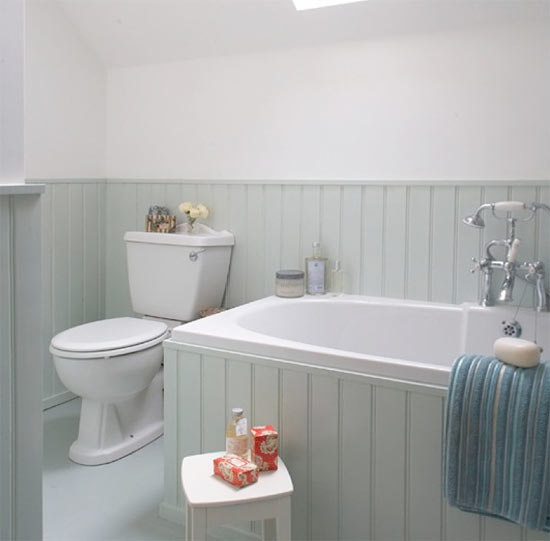 Paint Bathroom Panelling with Liberon Light Grey Hard Wax Oil