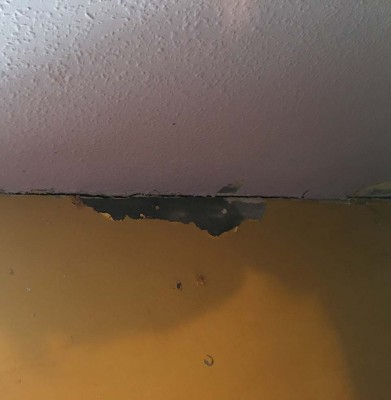 Connecting wall crack .jpg