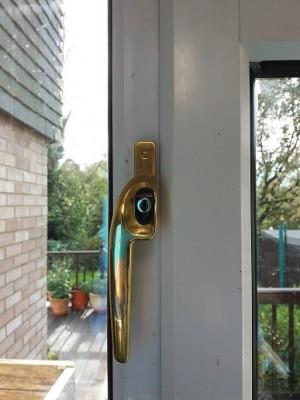 window handle 1a.jpg