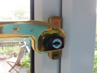window handle 2a.jpg
