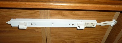 Under cupboard fitting2.JPG