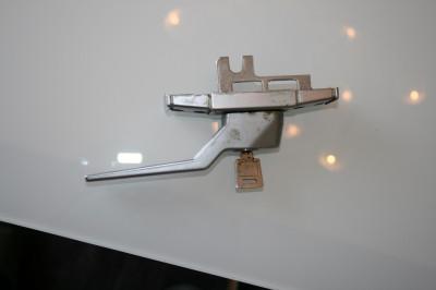 handle1.JPG