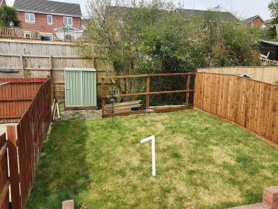 Garden fence (1).jpg