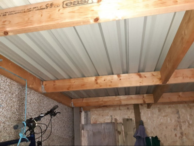 Shed ceiling 2.jpg