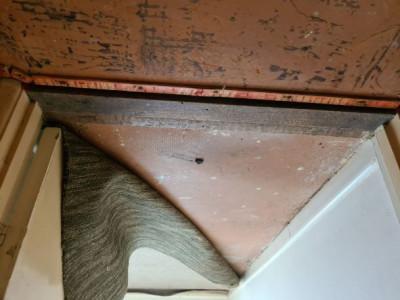 Raised floor in bedroom_b.jpg