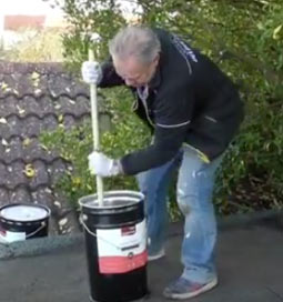 Mixing up thick bitumen