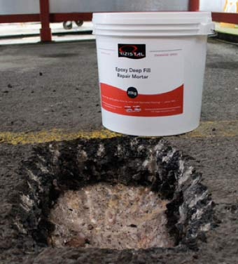 Rizistal Epoxy mortar in container