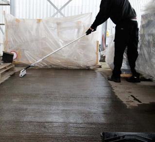 Rizistal Dustproofer being applied by roller