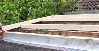 Mesh used to join roof to timber uprights
