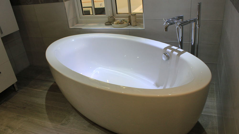 Acrylic Baths | How to Install Acrylic Bathtubs Including Their ...