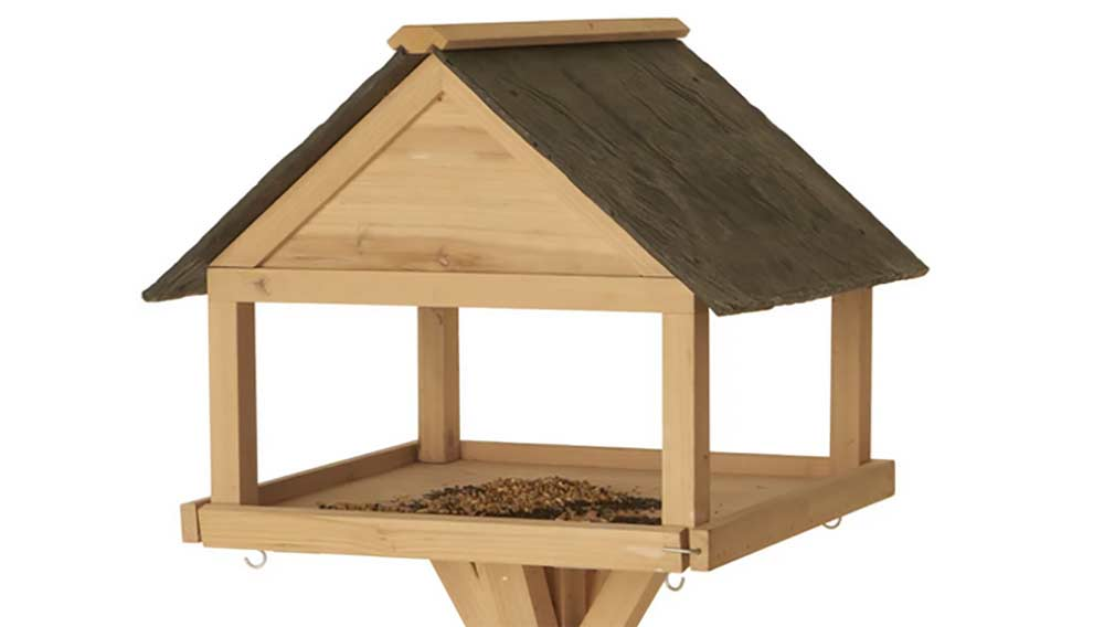 How To Build A Bird Table For Your Garden Including Cutting Plans Diy Doctor