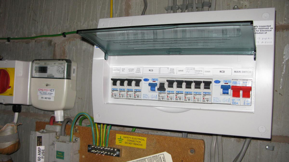 Installing a consumer unit instructions on wiring a consumer unit installing a consumer unit instructions on wiring a consumer unit to uk specifications diy doctor cheapraybanclubmaster Image collections