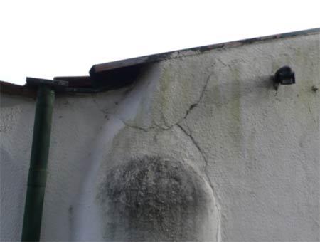 Cracks in render