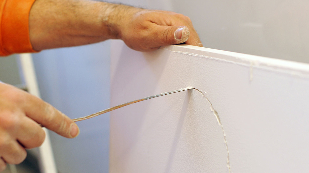 Cutting And Fixing Plasterboard How To Saw Plasterboard