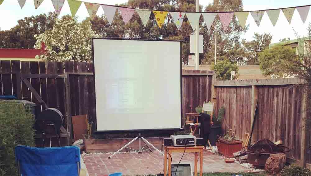 Garden Cinema How To Make An Outdoor Screen Diy Doctor
