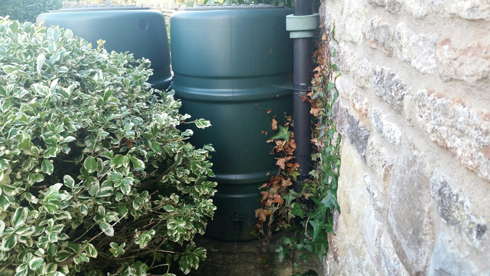 How to Install a Water Butt or Water Barrel in Your Garden