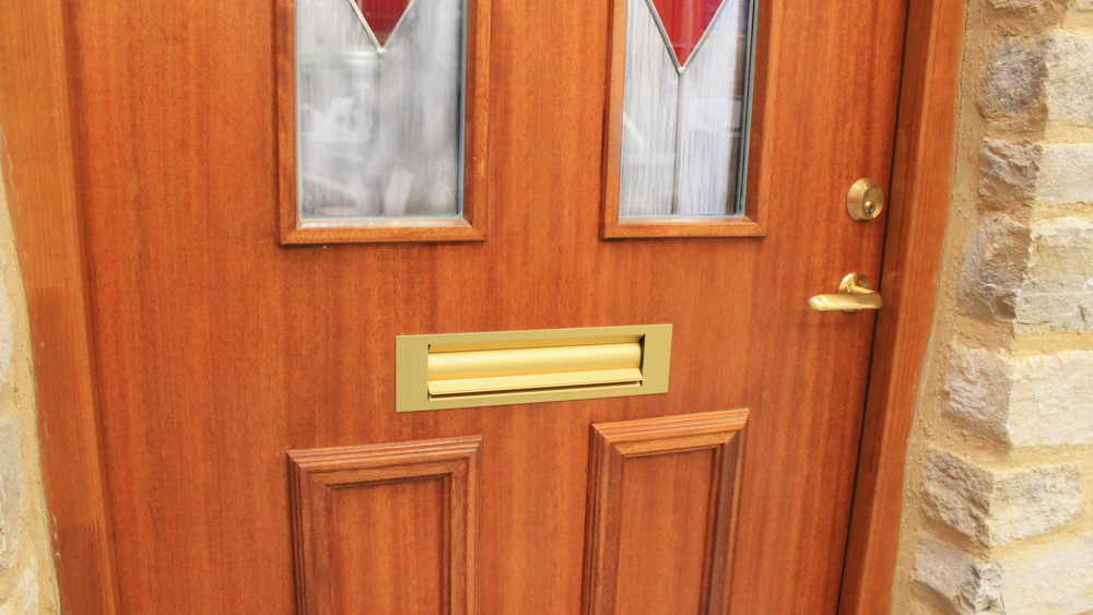How to Fit a Letterbox | Fitting a Letter Box into a Door | Letterbox Fitting Step by Step Instructions and Video Guide | DIY Doctor & How to Fit a Letterbox | Fitting a Letter Box into a Door ...
