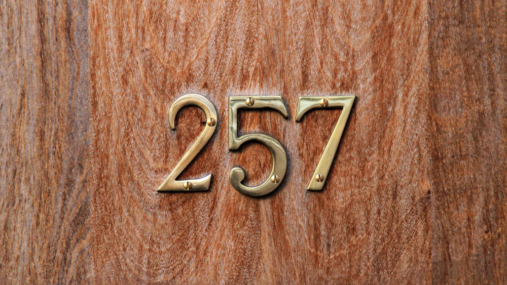 How to Fit Door Numbers on Your Front Door – Screwing or Sticking Numbers on Doors