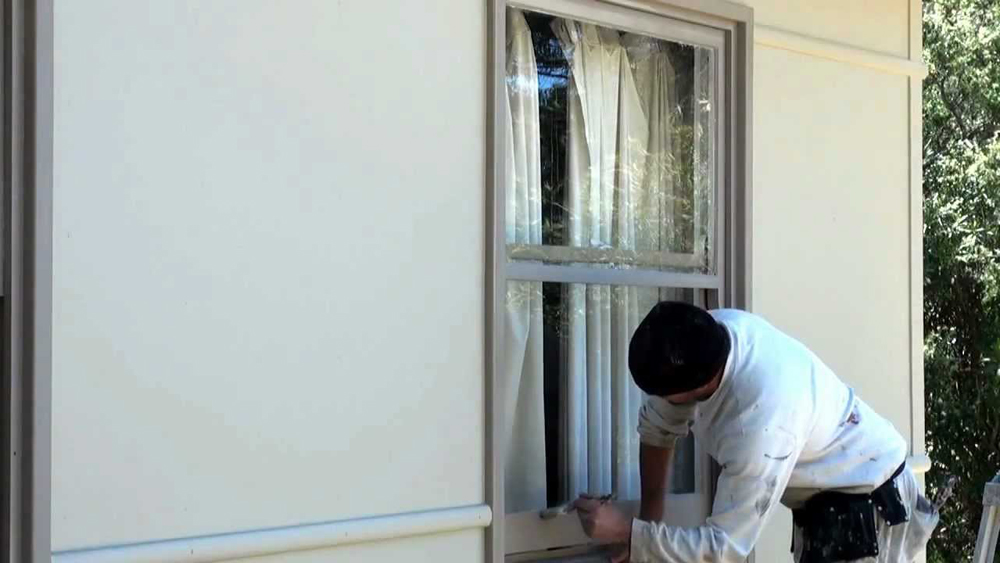 Painting Sash Windows Correctly To Avoid Them Sticking