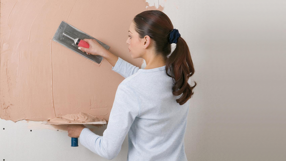 Plastering And Skimming Types Of Plaster And How To Skim