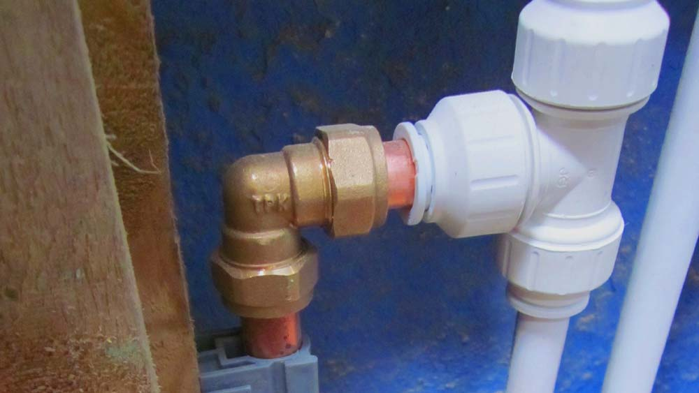 Push Fit Waste Pipe Fittings Including Guide To Different