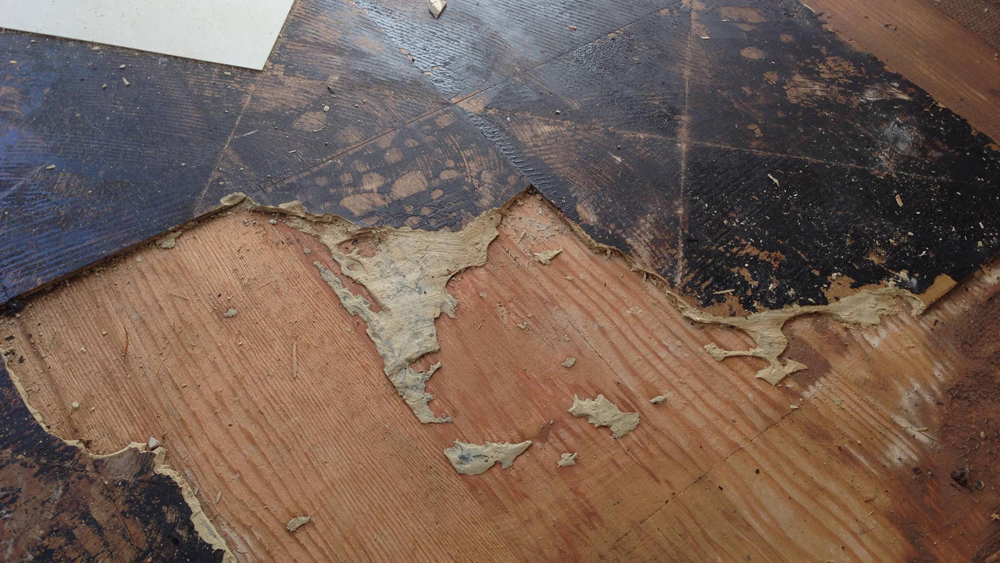 How To Remove Vinyl Flooring Lino Removal Diy Doctor
