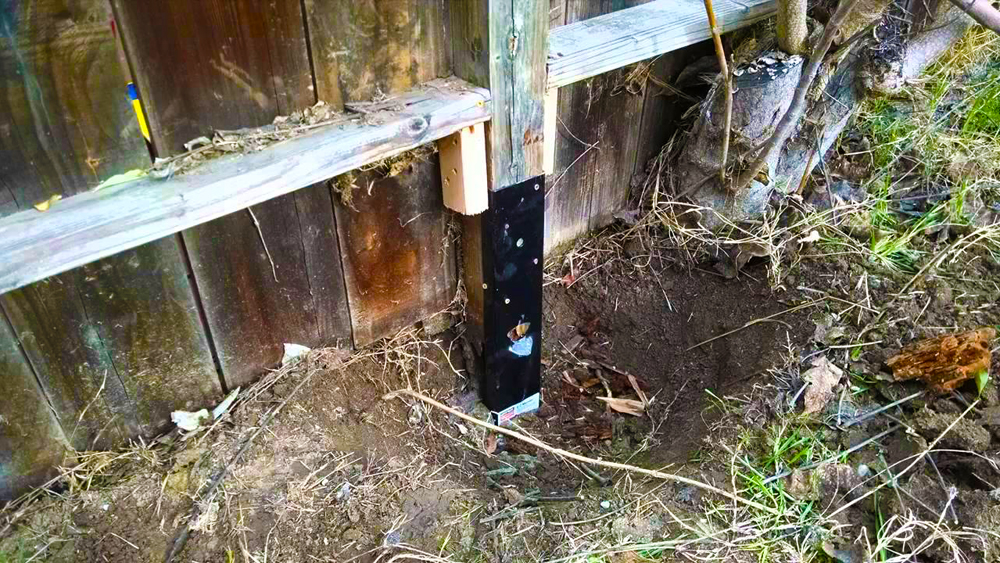 Repairing A Fence Post How To Replace A Fence Post Old