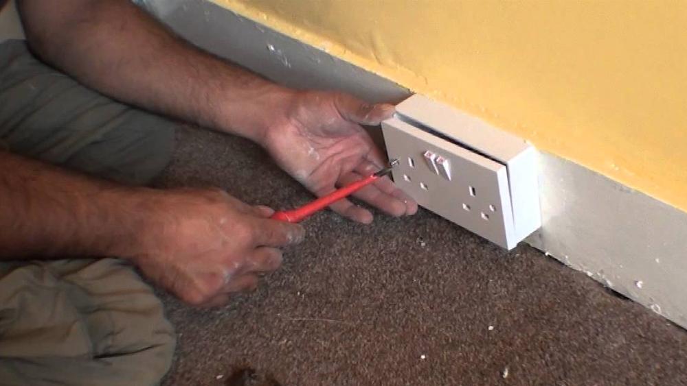 spur socket | advice on electrical spur wiring | adding a socket | diy  doctor