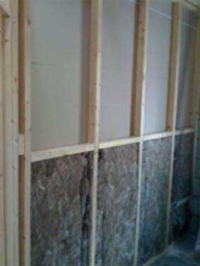 Stud walling battens with insulation