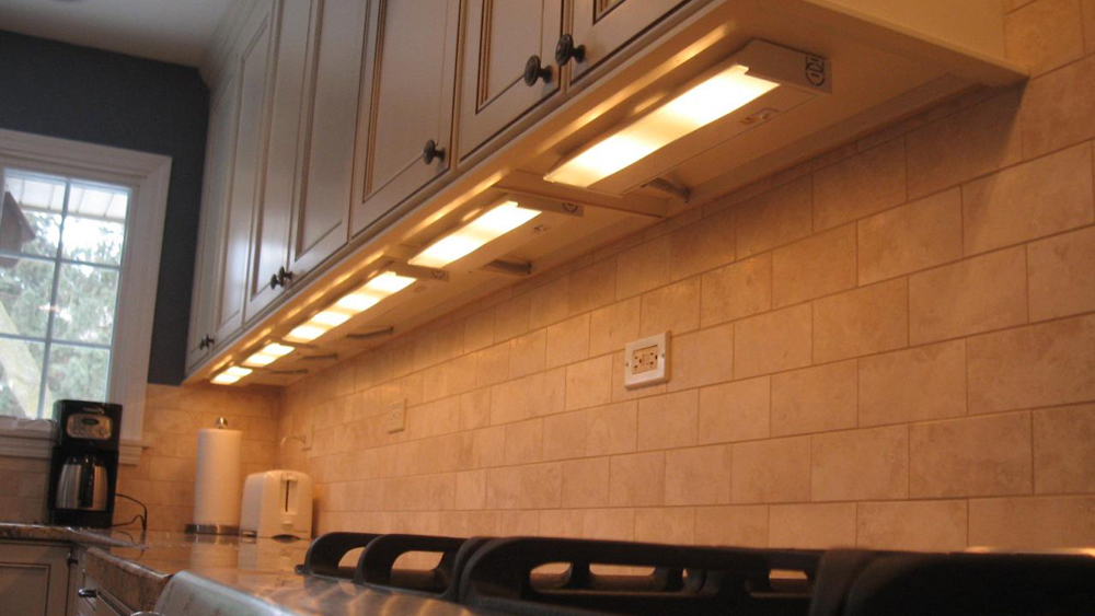 kitchen under cabinet lighting uk how to install lighting kitchen units fitting 8684