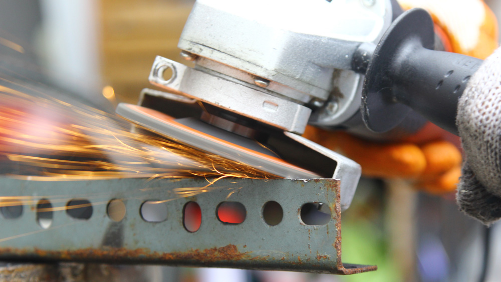 How To Use An Angle Grinder For Grinding And Cutting And Cleaning