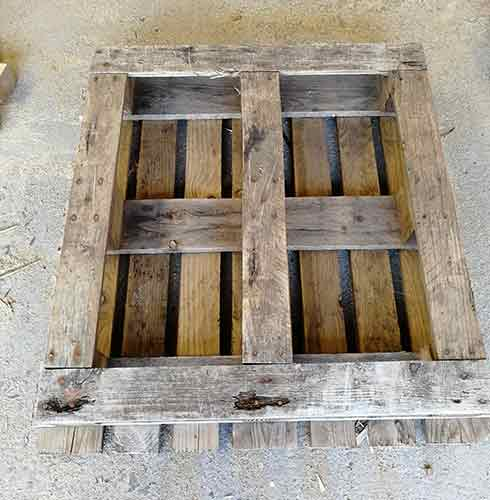 Pallet laid with deck facing down