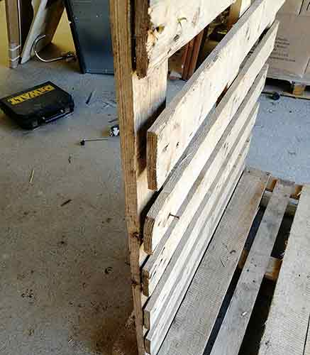 All pallet slats cut free from blocks