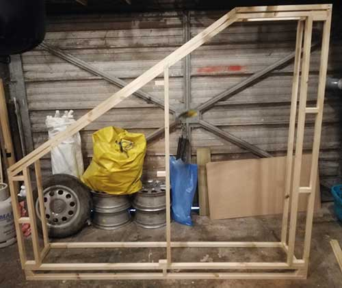 Building a fitted wardrobe offsite