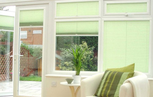 Conservatory blinds and how to fit different types of blinds to upvc venetian blinds installed in a conservatory solutioingenieria Image collections
