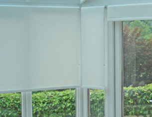 Conservatory blinds and how to fit different types of blinds to upvc roller conservatory blind solutioingenieria Image collections