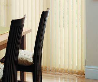 Vertical conservatory blind